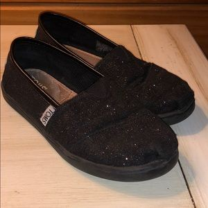 Toms Shoes - Girls size 12.5 toms